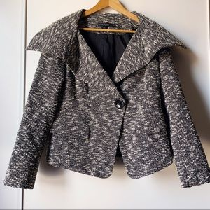 Lafayette 148 grey collared tweed jacket size 12